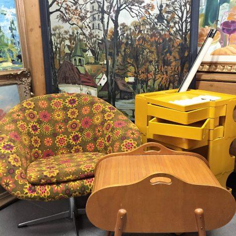 1a antik antikmarkt m nchen trudering. Black Bedroom Furniture Sets. Home Design Ideas